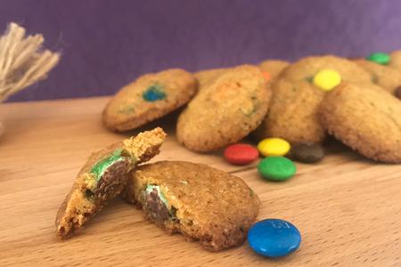 M-M-cookie bakken